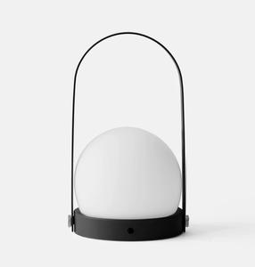 Bilde av Menu - Carrie Portable LED lamp - matte black